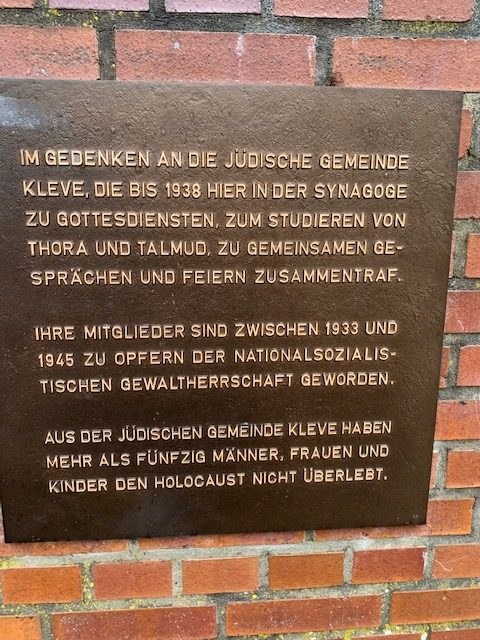Gedenktafel Synagogenplatz in Kleve.